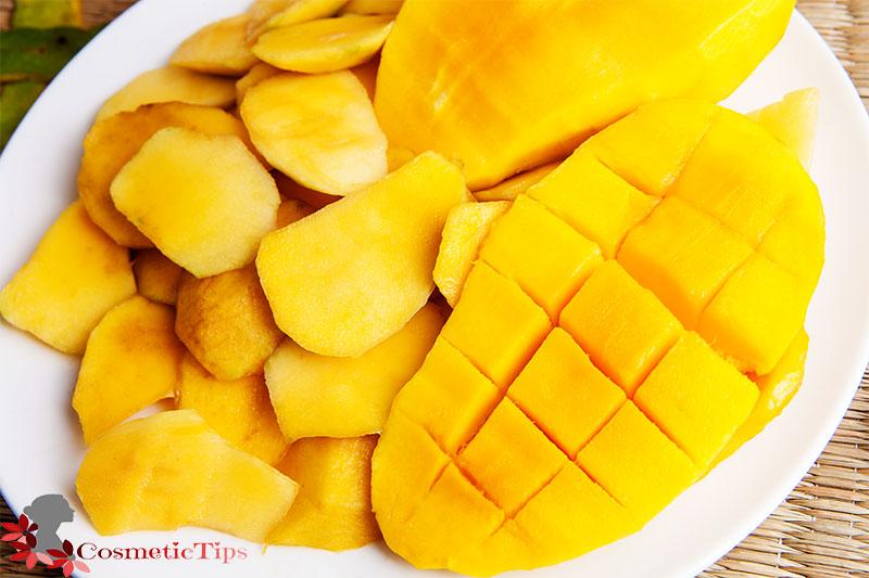 میوه انبه برای درخشان شدن پوست