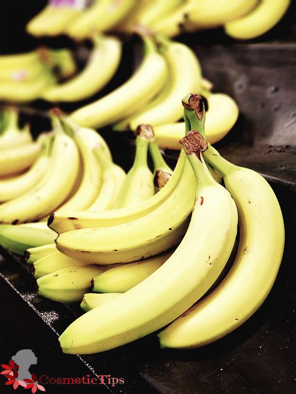 میوه موز برای درخشان شدن پوست