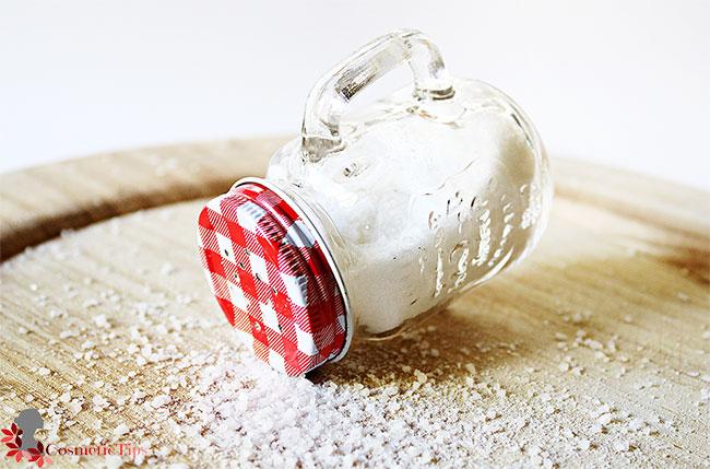 جوش شیرین و نمک برای سفید کردن خانگی دندان
